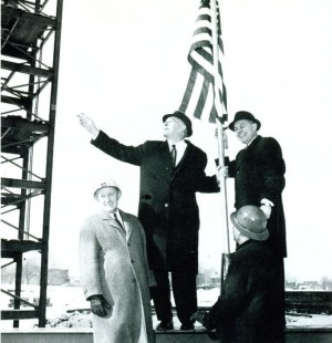 Moses and PA Officials at Topping Out